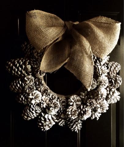 Pinecone Wreath – EASY DIY xo